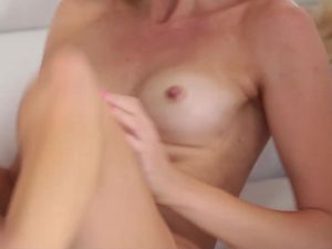 Teen Girl Delighted By BBC Fucking Her Pussy