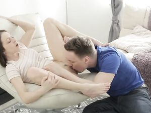 Girlfriend In Sixty Nine Before Fucking A Big Dong