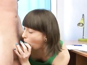 Young Dick Loving Lass Opens For Hardcore Fucking