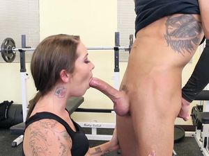 Tattooed Babe Getting Fucked During Her Workout