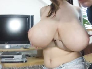 Busty Teen Giving Blowjob And Getting Cum On Tits
