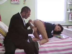 Teen Schoolgirl Fucking And Getting Cummed On