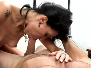 Nasty Latina Piece Of Ass Does A Double Penetration