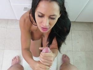 Showering With His Lady Leads To The Best Bathroom Sex