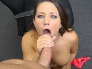 Dick Sucking Southern Girl Has Gorgeous Big Titties