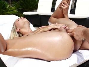 Bad Girl Wants Cock In Her Ass And He Gives It