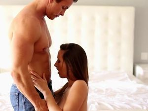 Well Fucked Girl Swallows His Cum Eagerly