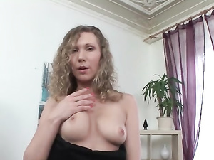 Solo Snatch Stretching Fun With A European Girl